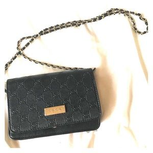 Bebe Los Angeles Like New Black Cross Body Purse